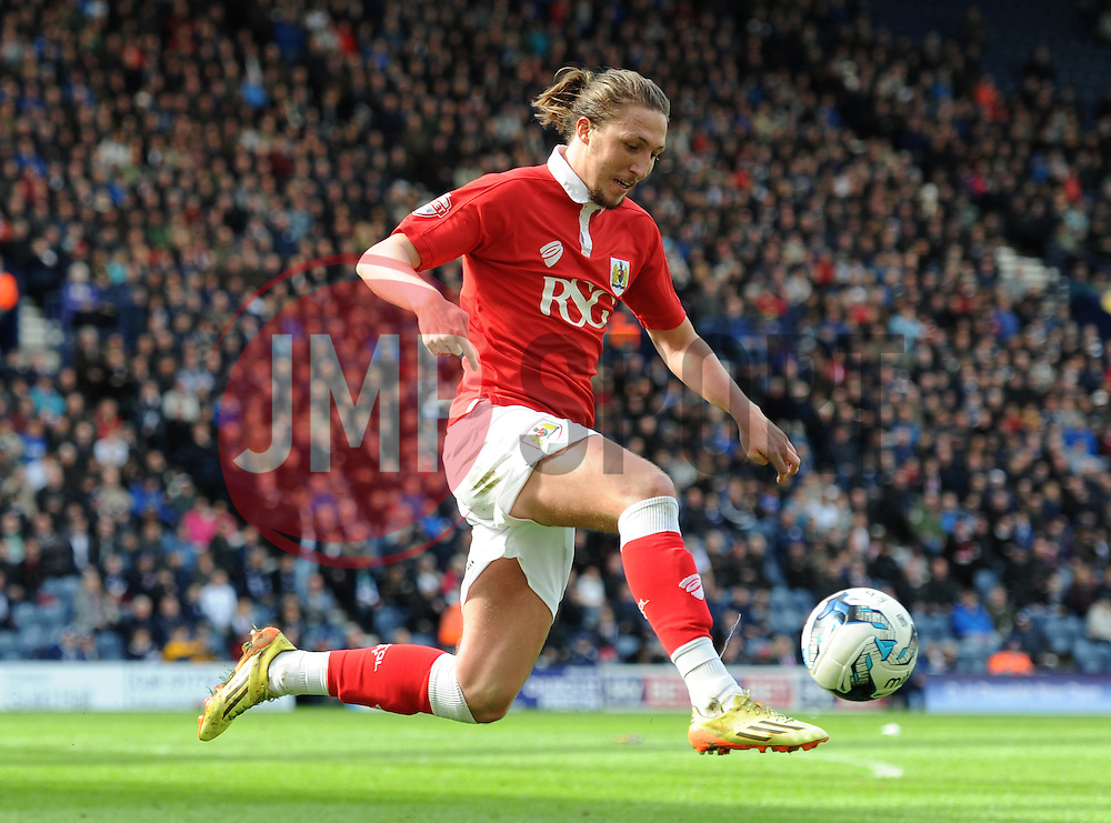 Bristol City's Luke Ayling - Photo mandatory by-line: Dougie Allward/JMP - Mobile: 07966 386802 - 11/04/2015 - SPORT - Football - Preston - Deepdale - Preston North End v Bristol City - Sky Bet League One