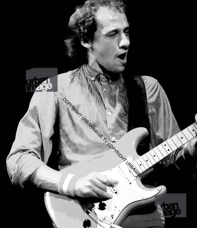 Dire Straits  Mark Knopfler in concert London 1981
