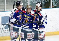 Ishockey , Get-Ligaen,<br /> 30.01.14<br /> Hamar OL-Amfi<br /> Storhamar v Sparta<br /> Foto : Dagfinn Limoseth , Digitalsport<br /> Mats Weberg , Dion Knelsen og Michael Forey , Sparta