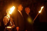 29 JUL 2002, BERLIN/GERMANY:<br /> Rudolf Scharping (L), SPD, bundesverteidigungsminister a.D., und Peter Struck (R), SPD, Bundesverteidigungsminister, waehrend dem Grossen Zapfenstreich anlaesslich der Verabschiedung von Scharping, mit dem Wachbatallion beim BMVg, Paradeplatz, Bundesministerium der Vereidigung<br /> IMAGE: 20020729-01-011<br /> KEYWORDS: Soldat, Soldaten, Bundeswehr, army, Militär, Militaer, Fakeln, Großer Zapfenstreich,