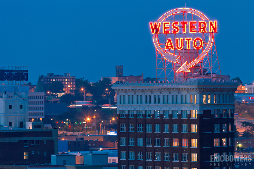Western Auto Sign Eric Bowers Photo