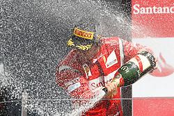 FORMEL 1: GP von Grossbritannien, Siegerehrung, Silverstone, 10.07.2011<br /> Jubel von Sieger Fernando ALONSO (ESP, Ferrari)<br /> � pixathlon *** Local Caption *** +++ www.hoch-zwei.net +++ copyright: HOCH ZWEI +++