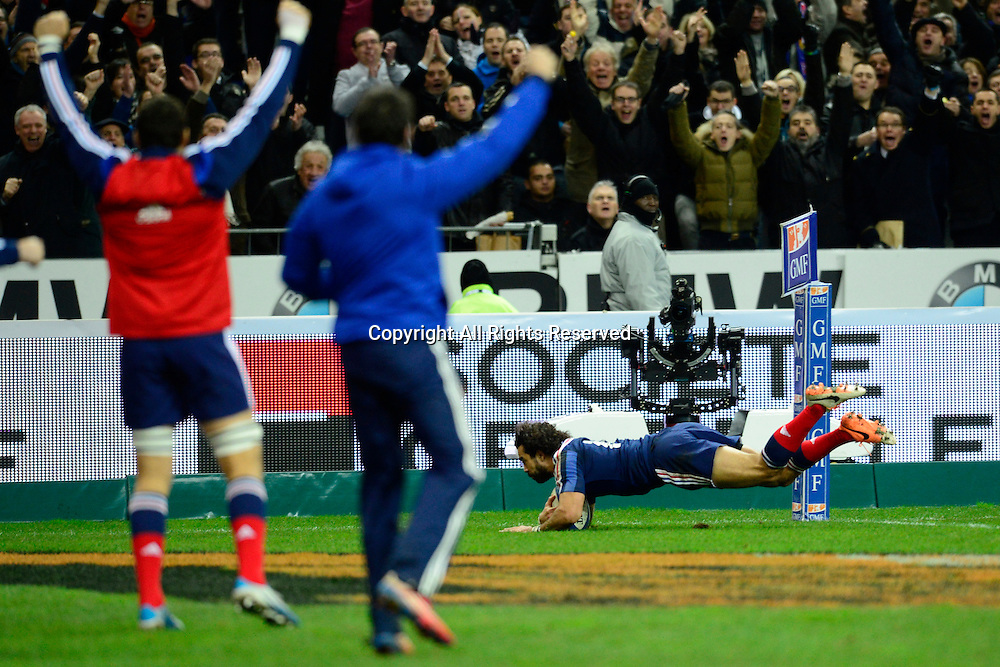 01.02.2014. Stade de France, Paris, France. 6 Nations International Rugby Union. France versus England.  Yoann Huget ( France ) goes over for his try