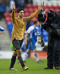 Wigan, England - Sunday, January 21, 2007: Everton's two-goal hero Mikel Arteta celebrates after beating Wigan Athletic during the Premier League match at the JJB Stadium. (Pic by David Rawcliffe/Propaganda)
