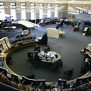 CERN di Ginevra 13/02/07, il nuovo impianto dell'acceleratore LHC (Large Hadron Collider)  lungo 27 km ad una profondità media di 80 metri... nella foto la Centrale di controllo ....fotografia di Michele D'Ottavio