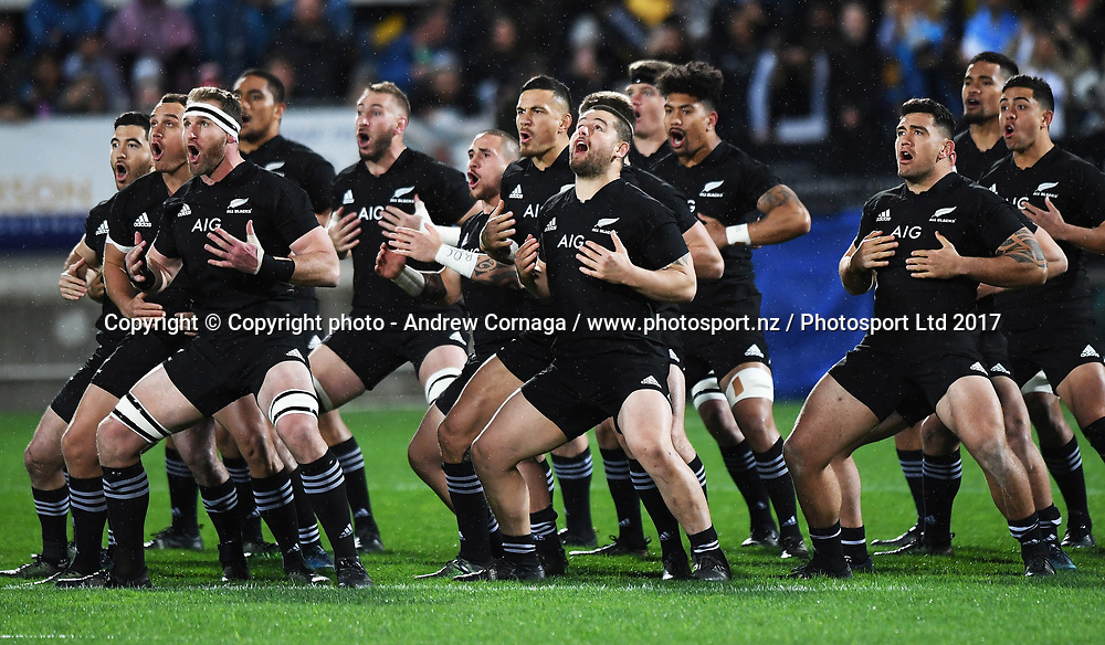 All Blacks players perform the haka.<br /> Rugby Championship test match rugby union. New Zealand All Blacks v Argentina Los Pumas, Yarrow Stadium, New Plymouth. New Zealand. Saturday 9 September 2017. &copy; Copyright photo: Andrew Cornaga / www.Photosport.nz