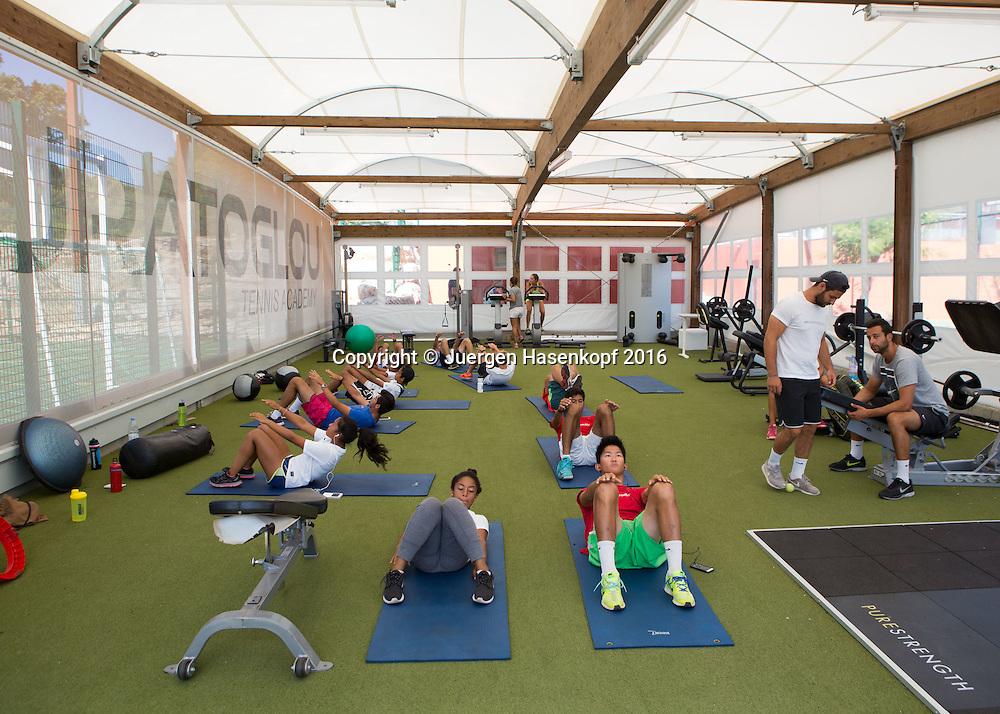 Mouratoglou Tennis Academy M.T.A Sophia Country Club, Biot, FRA.<br /> <br />  - Mouratoglou Tennis Academy  -  -   Sophia Country Club, - Biot -  - Frankreich  - 28 July 2016. <br /> &copy; Juergen Hasenkopf