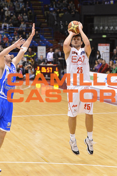 DESCRIZIONE : Milano Lega A 2012-13 EA7 Emporio Armani Milano Banco di Sardegna Sassari<br /> GIOCATORE : Alessandro Gentile<br /> CATEGORIA : three points sequenza<br /> SQUADRA : EA7 Emporio Armani Milano<br /> EVENTO : Campionato Lega A 2012-2013 <br /> GARA :  EA7 Emporio Armani Milano Banco di Sardegna Sassari<br /> DATA : 02/12/2012<br /> SPORT : Pallacanestro <br /> AUTORE : Agenzia Ciamillo-Castoria/GiulioCiamillo<br /> Galleria : Lega Basket A 2012-2013  <br /> Fotonotizia : Milano Lega A 2012-13 EA7 Emporio Armani Milano Banco di Sardegna Sassari<br /> Predefinita :