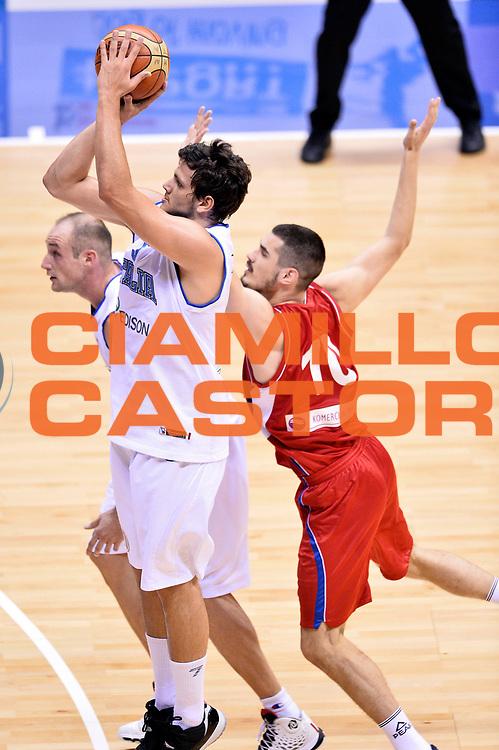 DESCRIZIONE : Trieste Nazionale Italia Uomini Torneo internazionale Italia Serbia Italy Serbia<br /> GIOCATORE : Alessandro Gentile<br /> CATEGORIA : Tiro<br /> SQUADRA : Italia Italy<br /> EVENTO : Torneo Internazionale Trieste<br /> GARA : Italia Serbia Italy Serbia<br /> DATA : 05/08/2014<br /> SPORT : Pallacanestro<br /> AUTORE : Agenzia Ciamillo-Castoria/Max.Ceretti<br /> Galleria : FIP Nazionali 2014<br /> Fotonotizia : Trieste Nazionale Italia Uomini Torneo internazionale Italia Serbia Italy Serbia