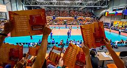 26-08-2017 NED: World Qualifications Netherlands - Slovenia, Rotterdam<br /> De Nederlandse volleybalsters plaatsten zich eenvoudig voor het WK volgend jaar in Japan. Ook Sloveni&euml; wordt met 3-0 verslagen / Goed gevuld Topsportcenter Oranje publiek