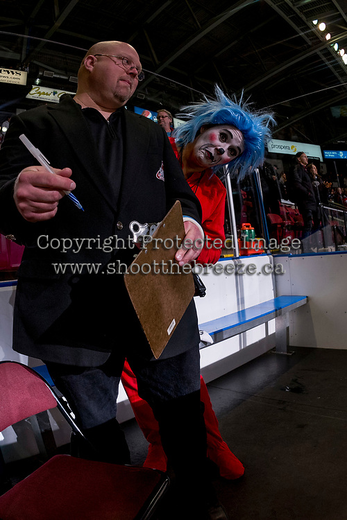 KELOWNA, CANADA - OCTOBER 28: Photo 1 teases an ice official in the penalty box against the Prince George Cougars on October 28, 2017 at Prospera Place in Kelowna, British Columbia, Canada.  (Photo by Marissa Baecker/Shoot the Breeze)  *** Local Caption ***