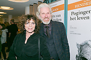 2017-12-12. Stadsschouwburg Utrecht. Premiere van het toneelstuk Hendrik Groen. Op de foto Henriette Tol en Rob Snoek