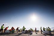 De kwalificaties op maandagmorgen. In Battle Mountain (Nevada) wordt ieder jaar de World Human Powered Speed Challenge gehouden. Tijdens deze wedstrijd wordt geprobeerd zo hard mogelijk te fietsen op pure menskracht. De deelnemers bestaan zowel uit teams van universiteiten als uit hobbyisten. Met de gestroomlijnde fietsen willen ze laten zien wat mogelijk is met menskracht.<br /> <br /> The qualification at Monday morning. In Battle Mountain (Nevada) each year the World Human Powered Speed ??Challenge is held. During this race they try to ride on pure manpower as hard as possible.The participants consist of both teams from universities and from hobbyists. With the sleek bikes they want to show what is possible with human power.