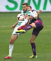 06.04.2014, Generali Arena, Wien, AUT, 1. FBL, FK Austria Wien vs SK Rapid Wien, 31. Runde, im Bild Guido Burgstaller, (SK Rapid Wien, #30) und Manuel Ortlechner, (FK Austria Wien, #14) // during Austrian Bundesliga Football 31st round match, between FK Austria Vienna and SK Rapid Vienna at the Generali Arena, Wien, Austria on 2014/04/06. EXPA Pictures © 2014, PhotoCredit: EXPA/ Thomas Haumer