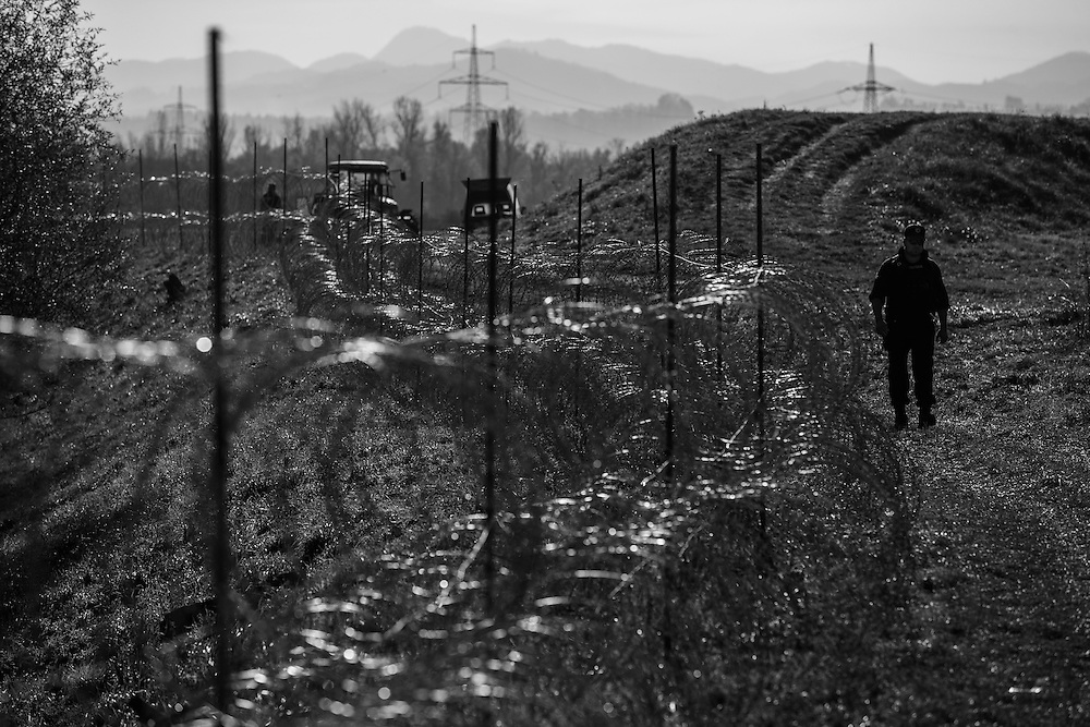 First day of installing barb wire at the south slovenian border for easier managing of refugee flow from Croatia, Serbia and Macedonia. Slovenia had no other choice but to build a barbed wire fence because Austria would build it on its south border and cut Slovenia out from Schengen area if Slovenia would not do that. That was official statement of slovenian government. Moreover Slovenian government also said, that Slovenia is expecting about 30 000 refugees in next few days. Interesting is that, that flow of refugees is already regulated with trains. Refugees travel with trains from Croatia through Slovenia to Austrian border and enter Austria at Spielfeld. So there rises question in public what is really going on.