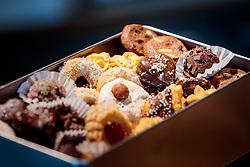 THEMENBILD - verschiedene Weihnachtskekse in einer Dose in einer Bäckerei, aufgenommen am 21. November 2016, Kaprun, Österreich // Various Christmas cookies in a can in a bakery, Kaprun, Austria on 2016/11/21. EXPA Pictures © 2016, PhotoCredit: EXPA/ JFK