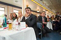 09 JUN 2015, BERLIN/GERMANY:<br /> Sigmar Gabriel (vorne), SPD Parteivorsitzender, Jasmin Fahimi (2.v.L.), SPD Generalsekretaerin, und Thomas Oppermann (R), SPD Fraktionsvorsitzender, waehrend der REde von J ohannes K ahrs, Spargelfahrt des Seeheimer Kreises 2015 auf dem Wannsee<br /> IMAGE: 20150609-02-063