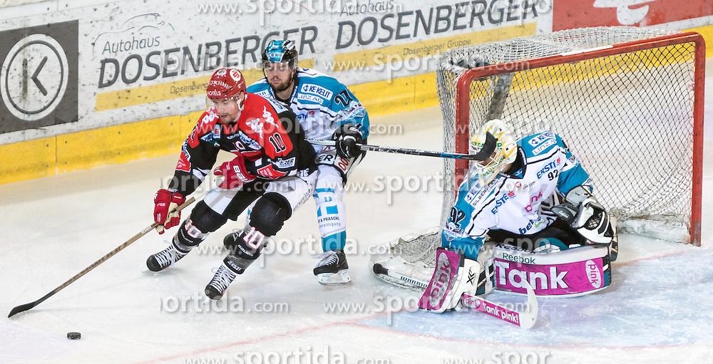 17.11.2015, Tiroler Wasserkraft Arena, Innsbruck, Österreich, EBEL, HC TWK Innsbruck die Haie vs EHC Liwest Black Wings Linz, 21. Runde, im Bild vl.:  Partick Moessmer (HC TWK Innsbruck Die Haie), Bernhard Fechtig (EHC Liwest Black Wings Linz), Thomas Dechel (EHC Liwest Black Wings Linz) // during the Erste Bank Icehockey League 21st round match between HC TWK Innsbruck  die Haie and EHC Liwest Black Wings Linz at the Tiroler Wasserkraft Arena in Innsbruck, Austria on 2015/11/17. EXPA Pictures © 2015, PhotoCredit: EXPA/ Jakob Gruber