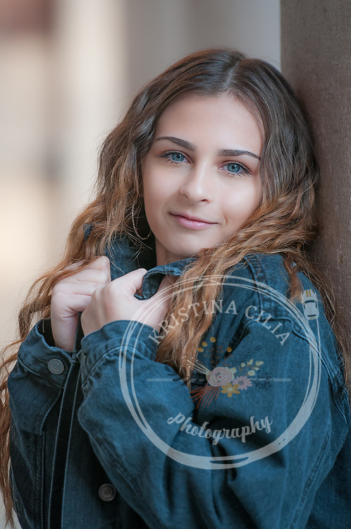 Girls Senior portrait photography by Kristina Cilia photography of Vacaville