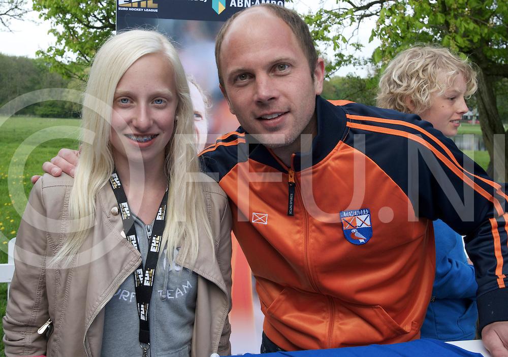 BLOEMENDAAL - Euro Hockey League final four.HC Bloemendaal - Amsterdamsche H&BC.Foto: Meet & Greet..FFU PRESS AGENCY COPYRIGHT FRANK UIJLENBROEK.