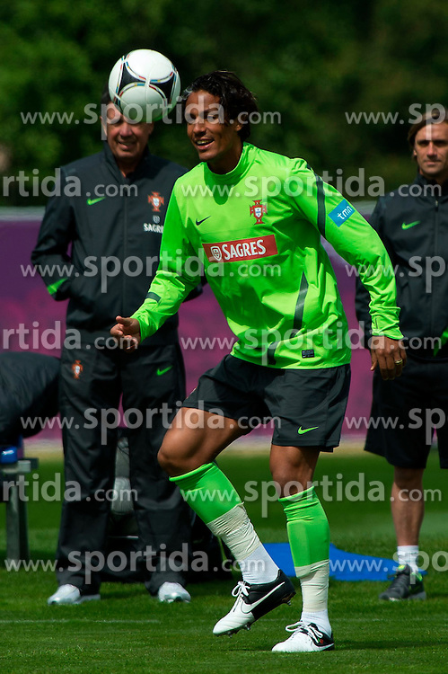 06.06.2012, Sportzentrum Remes, Opalenica, POL, UEFA EURO 2012, Portugal, Training, im Bild BRUNO ALVES // during EURO 2012 Trainingssession of Portugal Nationalteam, at the Sportcenter Remes, Opalenica, Poland on 2012/06/06. EXPA Pictures © 2012, PhotoCredit: EXPA/ Newspix/ Jakub Kaczmarczyk..***** ATTENTION - for AUT, SLO, CRO, SRB, SUI and SWE only *****