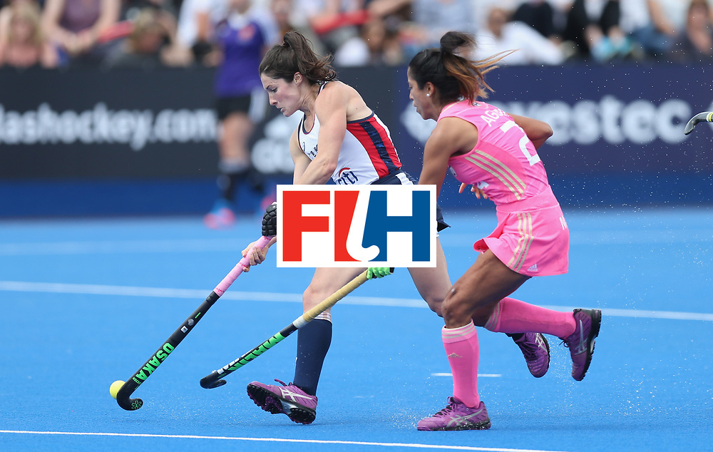 LONDON, ENGLAND - JUNE 19: Michelle Vittese of USA and Gabriela Aguirre of Argentina during the FIH Women's Hockey Champions Trophy match between USA and Argentina at Queen Elizabeth Olympic Park on June 19, 2016 in London, England.  (Photo by Alex Morton/Getty Images)