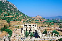 Turquie - Ephèse - Bibliotheque de Celsus // Turkey, View of the Library of Celsus at Ephese