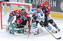 28.12.2015, Tiroler Wasserkraft Arena, Innsbruck, AUT, EBEL, HC TWK Innsbruck die Haie vs HDD TELEMACH Olimpija Ljubljana, 36. Runde, im Bild vl.:  Andy Chiodo (HC TWK Innsbruck Die Haie), Ales Music (HDD Telemach Olimpija Ljubljana), Dave Liffiton (HC TWK Innsbruck  Die Haie) // during the Erste Bank Icehockey League 36th round match between HC TWK Innsbruck  die Haie and HDD TELEMACH Olimpija Ljubljana at the Tiroler Wasserkraft Arena in Innsbruck, Austria on 2015/12/28. EXPA Pictures © 2015, PhotoCredit: EXPA/ Jakob Gruber