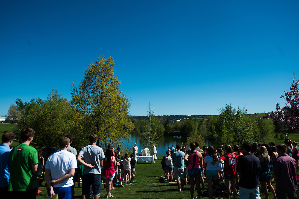 Mass in the Grass. (Photo by Gonzaga University)