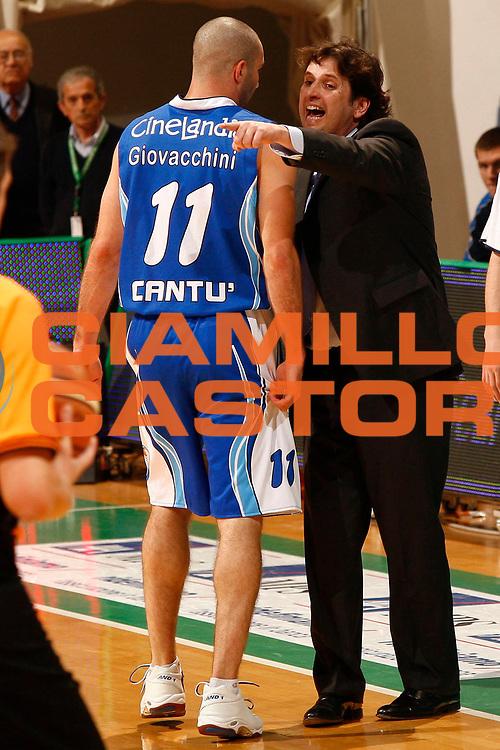 DESCRIZIONE : Siena Lega A 2009-10 Montepaschi Siena NGC Medical Cantu<br /> GIOCATORE : Anthony Giovacchini Andrea Trinchieri<br /> SQUADRA : NGC Medical Cantu<br /> EVENTO : Campionato Lega A 2009-2010 <br /> GARA : Montepaschi Siena NGC Medical Cantu<br /> DATA : 09/05/2010<br /> CATEGORIA : ritratto coach<br /> SPORT : Pallacanestro <br /> AUTORE : Agenzia Ciamillo-Castoria/P.Lazzeroni<br /> Galleria : Lega Basket A 2009-2010 <br /> Fotonotizia : Siena Campionato Italiano Lega A 2009-2010 Montepaschi Siena NGC Medical Cantu<br /> Predefinita :