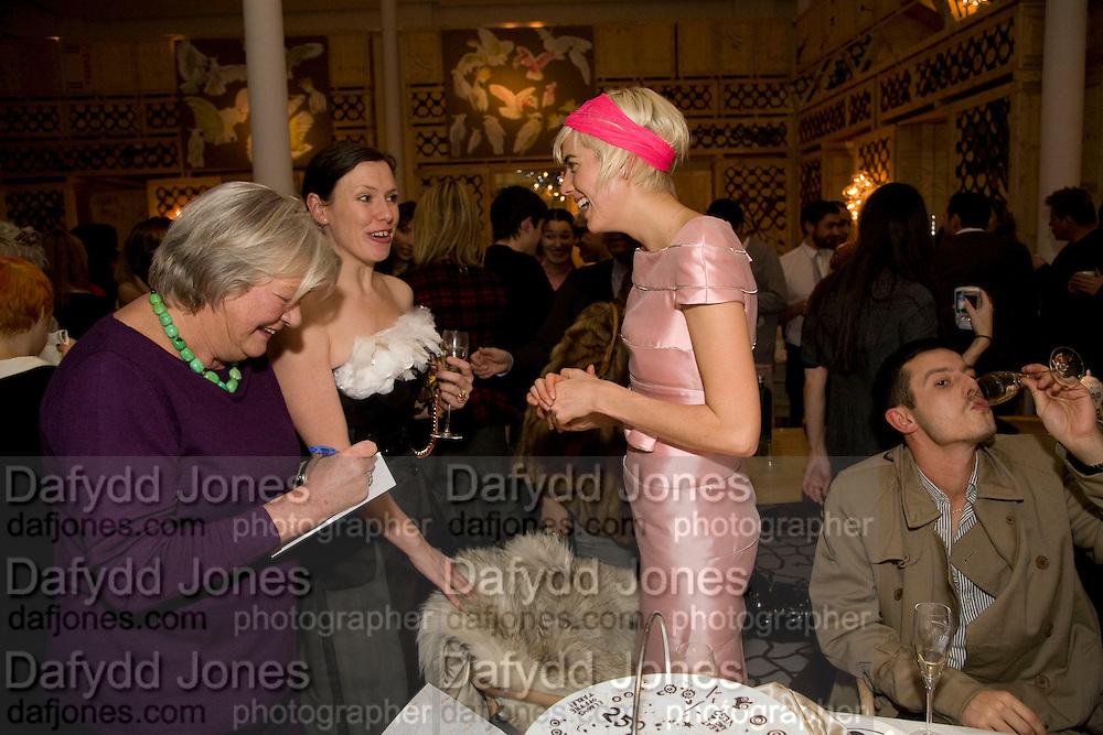 LYN BARBER; AGYNESS DEYN; KATIE GRAND, Kate Grand hosts a Love Tea and Treasure hunt at Flash. Royal Academy. Burlington Gardens. London. 10 december 2008 *** Local Caption *** -DO NOT ARCHIVE-© Copyright Photograph by Dafydd Jones. 248 Clapham Rd. London SW9 0PZ. Tel 0207 820 0771. www.dafjones.com.<br /> LYN BARBER; AGYNESS DEYN; KATIE GRAND, Kate Grand hosts a Love Tea and Treasure hunt at Flash. Royal Academy. Burlington Gardens. London. 10 december 2008