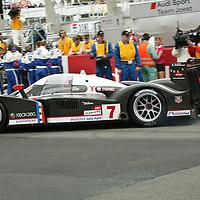 #7 Peugeot 908 HDi FAP - Team Peugeot Total (Drivers - Nicolas Minassian, Marc Gené and Jacques Villeneuve) LMP1, Le Mans 24Hr 2007