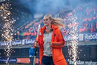 Den Bosch - Rabo fandag 2019 . hockey clinics met de spelers van het Nederlandse team. opkomst van international Yibbi Jansen (Ned).   COPYRIGHT KOEN SUYK