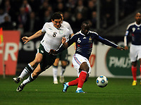 Fotball , 18. november 2009 , Frankrike - Irland<br /> World Cup qualifier play-off second leg 18/11/09<br /> Lassana Diarra  (France) Keith Andrews (Ireland)<br /> Norway only