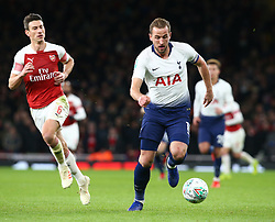 December 19, 2018 - London, England, United Kingdom - London, UK, 19 December, 2018.Tottenham Hotspur's Harry Kane.during Carabao Cup Quarter - Final between Arsenal and Tottenham Hotspur  at Emirates stadium , London, England on 19 Dec 2018. (Credit Image: © Action Foto Sport/NurPhoto via ZUMA Press)