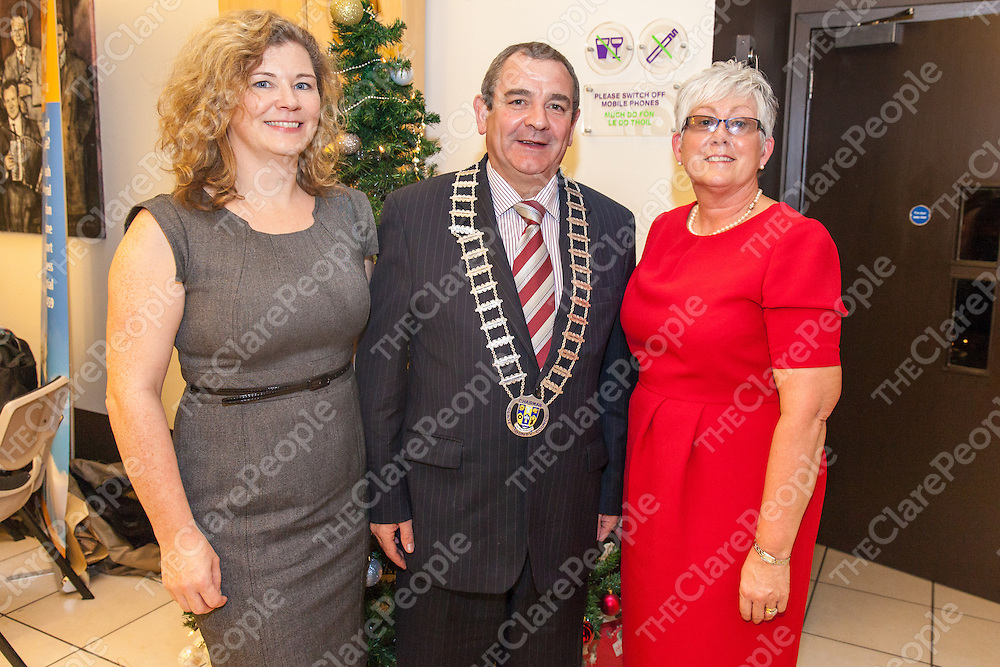 Siobhan O'Connor, Ennis CDP Primary Health Care Program for Travellers Care, Cllr. Tony O'Brien, Chariman of Clare County Council and Mary Kennedy, Coordinator Traveller Health Services, HSE