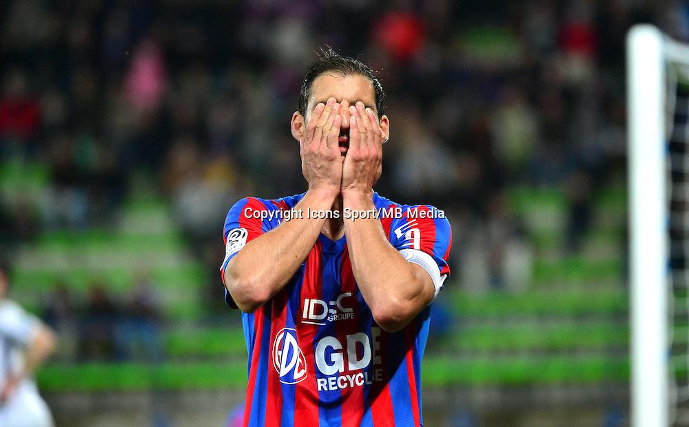 Deception Nicolas SEUBE - 25.04.2015 - Caen / Guingamp - 34eme journee de Ligue 1<br /> Photo : David Winter / Icon Sport