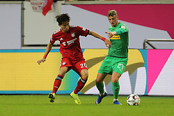 13.01.2019, Merkur Spiel Arena, Duesseldorf, GER, Telekom Cup, FC Bayern Muenchen vs Borussia Moenchengladbach, im Bild v. li. im Zweikampf Wooyeong Jeong (MUenchen) und Michael Cuisance (Moenchengladbach) // during the Telekom Cup Match between FC Bayern Muenchen and Borussia Moenchengladbach at the Merkur Spiel Arena in Duesseldorf, Germany on 2019/01/13. EXPA Pictures &copy; 2019, PhotoCredit: EXPA/ Eibner-Pressefoto/ Mario Hommes<br /> <br /> *****ATTENTION - OUT of GER*****