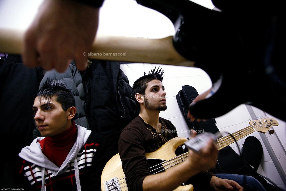 """Milano, 4° Sabaoth festival della Musica Cristiana.Dunamis con la canzone """"Superstite"""". Gruppo di giovanissimi di Messina che fa musica rock"""