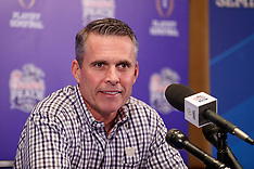 161226 - Coach - Washington - Chris Petersen