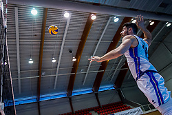 18-08-2017 NED: Oefeninterland Nederland - Italië, Doetinchem<br /> De Nederlandse volleybal mannen spelen hun eerste oefeninterland van twee in SaZa topsporthal tegen Italie als laatste voorbereiding op het EK in Polen. Nederland verliest met 3-0 / Filippo Lanze #10
