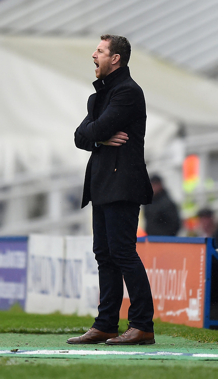 Birmingham City manager, Gary Rowett shouts instructions to his players from the side-line at St Andrew's Stadium - Photo mandatory by-line: Paul Knight/JMP - Mobile: 07966 386802 - 03/04/2015 - SPORT - Football - Birmingham - St Andrew's Stadium - Birmingham City v Rotherham United - Sky Bet Championship