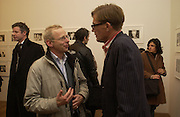 James Lingwood and Tim Hunt. Warhol's World. Photography and Television. Hauser and Wirth. Piccadilly, London. 26  January 2006.  ONE TIME USE ONLY - DO NOT ARCHIVE  © Copyright Photograph by Dafydd Jones 66 Stockwell Park Rd. London SW9 0DA Tel 020 7733 0108 www.dafjones.com