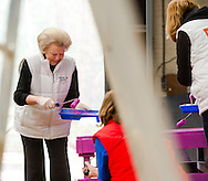NL Doet in Den Dolder met o.a. prinses Beatrix, prins Constantijn, prinses Aimee en prins Floris. FOTO MARCO DE SWART