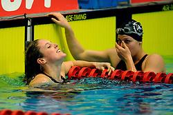21-12-2008 ZWEMMEN: NK KORTE BAAN: AMSTERDAM<br /> Marleen Veldhuis zwom bijna een wereldrecord op de 100 meter en Maud van der Meer<br /> ©2008-WWW.FOTOHOOGENDOORN.NL