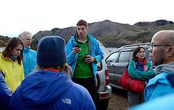 05-07-2014 NED: Iceland Diabetes Challenge dag 1, Landmannalaugar <br /> Vandaag ging de challenge van start. Met een bus gingen we van Vogar naar Landmannalaugar en zagen we de eerste tekenen van het prachtige landschap van IJsland / Bas, Anne-Marie, Eelco