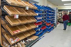 Hanmer Springs-Hanmer residents stock up after 7.5 earthquake