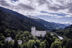 THEMENBILD - Schloss Bruck am Hochstein. Das Schloss war der Wohnsitz der Grafen von Görz von etwa 1278 bis zum Jahr 1500. Seit dem Jahr 1943 dient es als Museum der Stadt, aufgenommen am 30. Mai 2019 in Lienz, Österreich // Burg Bruck is a medieval castle at the Hochstein. It was completed in 1278 as the residence of the Meinhardiner Counts of Görz until 1500. Today Bruck Castle is a museum featuring many works of the painter Albin Egger, Lienz, Austria on 2019/05/30. EXPA Pictures © 2019, PhotoCredit: EXPA/ JFK