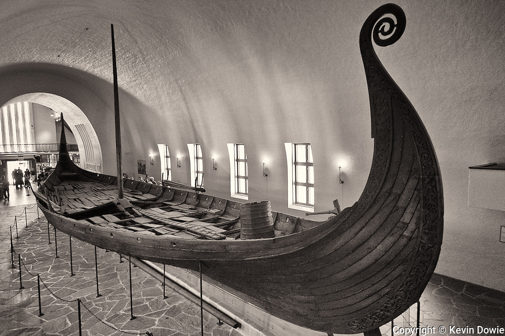 Viking Ship Ostberg (monochrome)