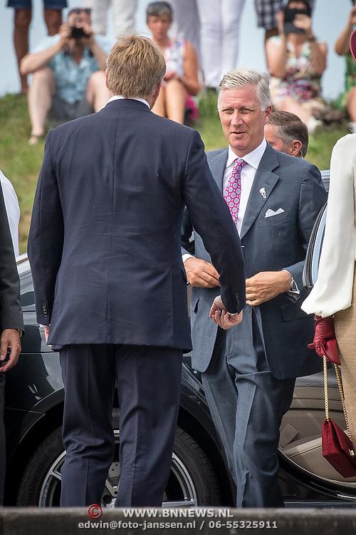 NLD/Terneuzen/20190831 - Start viering 75 jaar vrijheid, Koning Willem Alexander begroet Filip van België